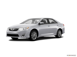 2014 Toyota Camry XLE in West Springfield, Massachusetts