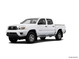 2014 Toyota Tacoma 4WD Double Cab V6 AT in West Springfield, Massachusetts